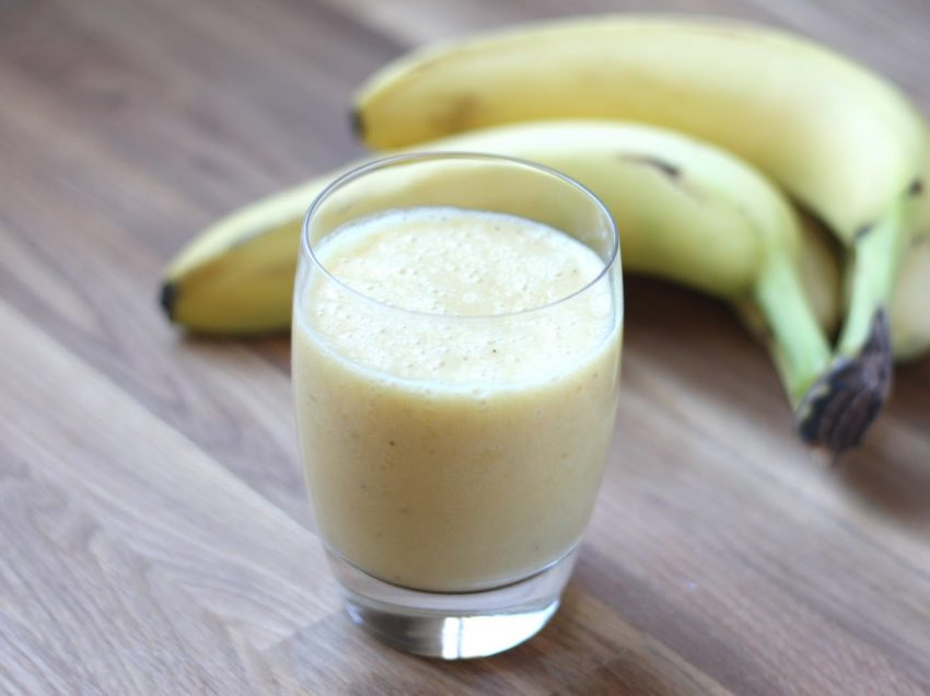 11 Health Benefits of Onion and Banana Juice (#1 Energy Source)