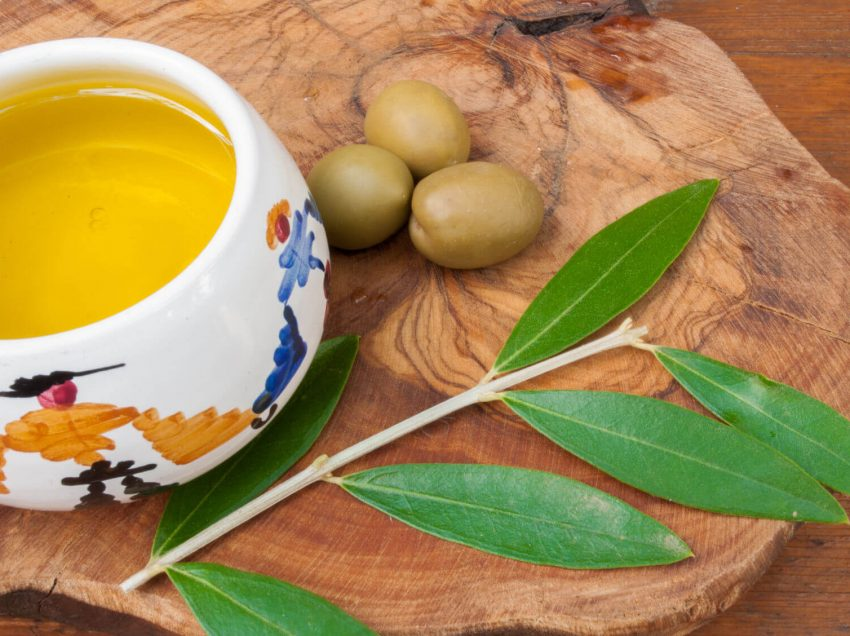 15 Health Benefits of Olive Leaves Tea You Should Know