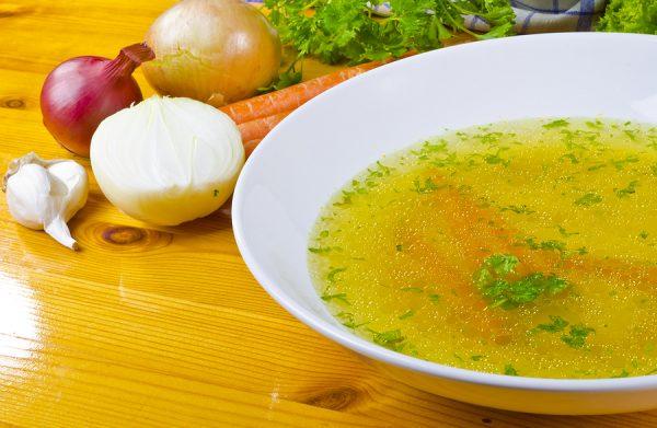 18 Fantastic Health Benefits of Drinking Vegetable Broth