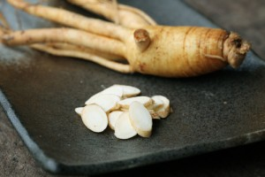 12 Proven Health Benefits of American Ginseng (Worth to Try!)