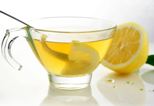 10 Benefits of Drinking Warm Water with Lemon and Honey at Night