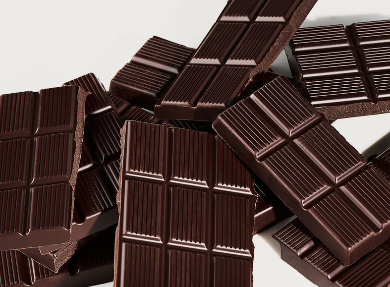 9 Science-Backed Benefits of Dark Chocolate for Body Building