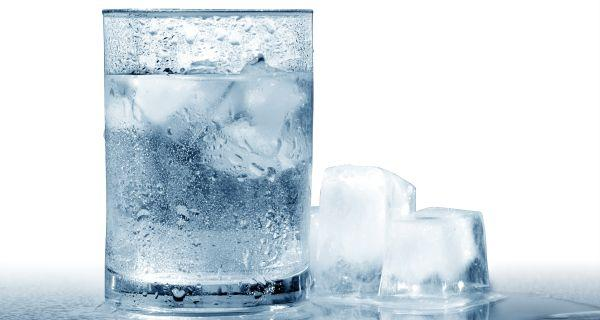 19 Science-Based Health Benefits of Drinking Chilled Water