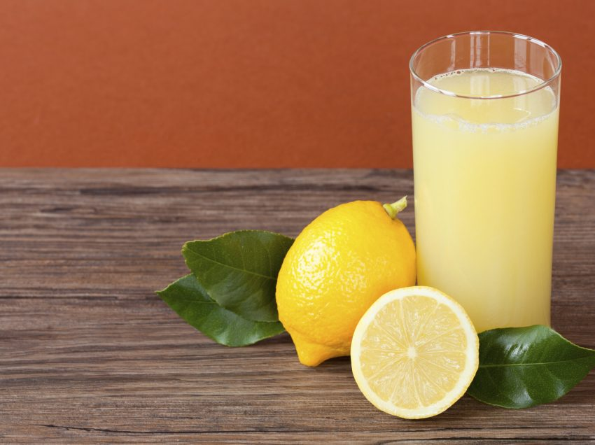 15 Health Benefits of Drinking Lemon Juice Every Morning