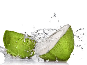 19 Benefits of Coconut Water On Face Overnight – With Tips
