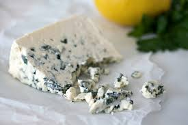 11 Wonderful Health Benefits of Moldy Cheese (Blue Cheese)
