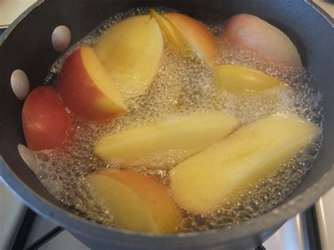 14 Incredible Health Benefits of Boiled Apple #1 Top for Diet