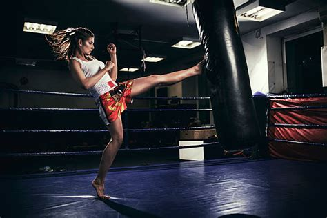 12 Health Benefits Of Muay Thai for Females Body Shape