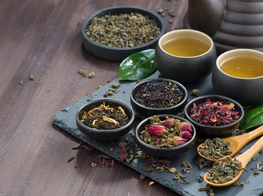20 Health Benefits of Essiac Tea (#1 Anticancer Herbal)