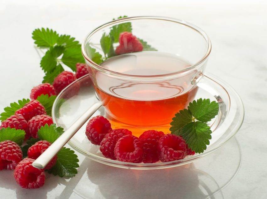 19 Benefits of Raspberry Tea for Fertility (#1 Miscarriage Prevention)