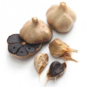 15 Health Benefits of Black Fermented Garlic (No.1 is Best!)