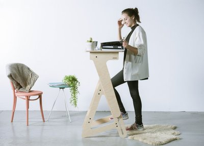 What Are the Health Benefits of Standing Desk for You?