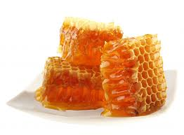 Health Benefits of Chewing Beeswax – Natural Beauty Treatments