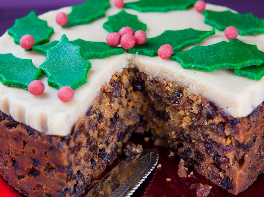 Health Benefits of Christmas Cake – Nutrition for Your Holy Moment