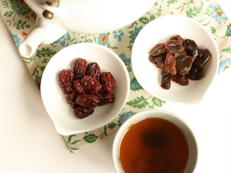 7 Interesting Benefits of Longan and Red Dates Tea for Health and Weight Loss