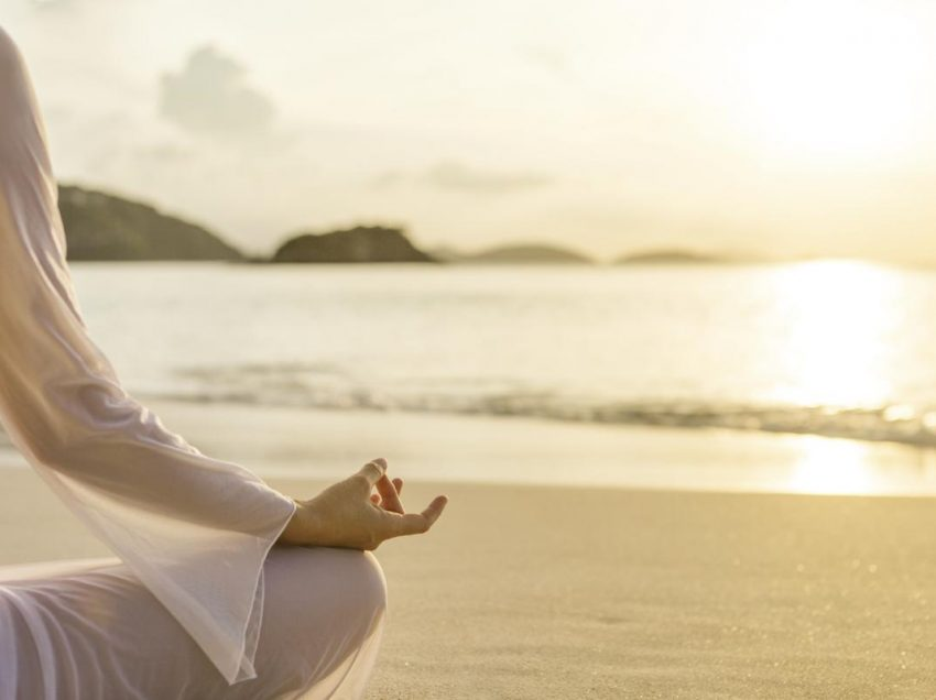 13 Positive Health Benefits of Prayer and Meditation for Spiritual Healing