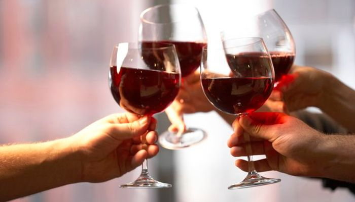 Is red wine good for your health? - Doctor's perspective article image