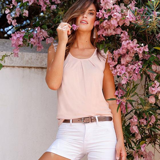 Laura Scott Shirts & Tops