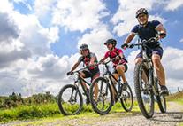 Radtour mit drei Fahren