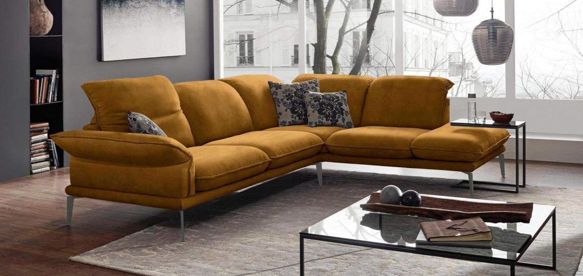 Gelbe Sofas