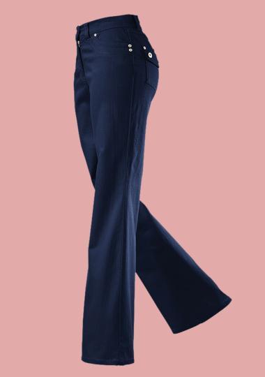 Ausgestellte Hosen