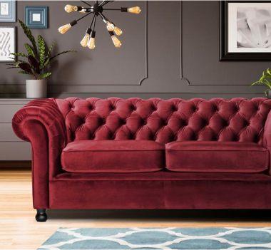 Rote Sofas