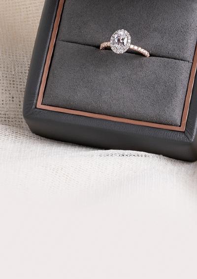 7de86bf121c61 2019 Engagement Ring Buying Guide | Diamond Exchange