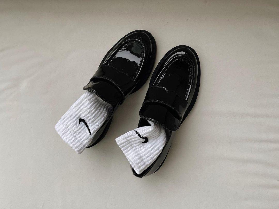 Corvette Black Loafers
