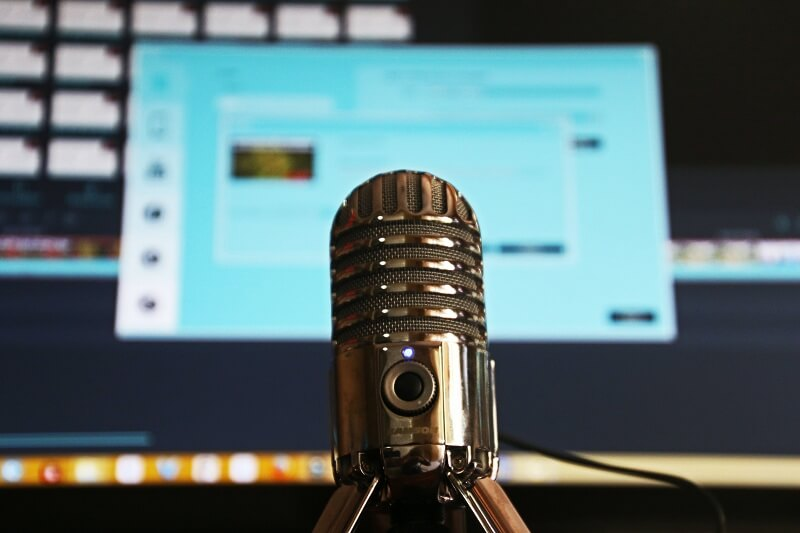 Advantages Of Using Podcasts