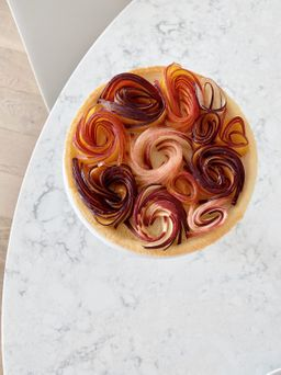 Stonefruit bouquet tart