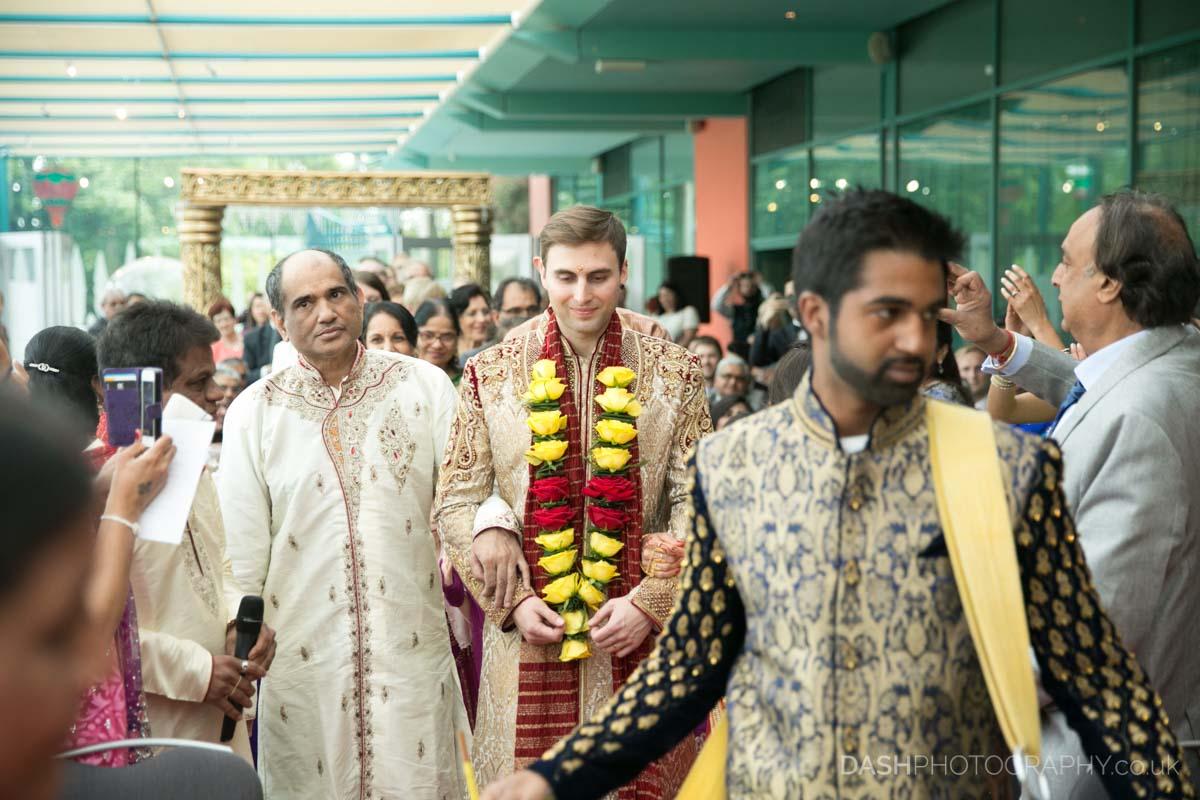 Groom entrance at Hindu ceremony, Image by Dustin Moris Gorski