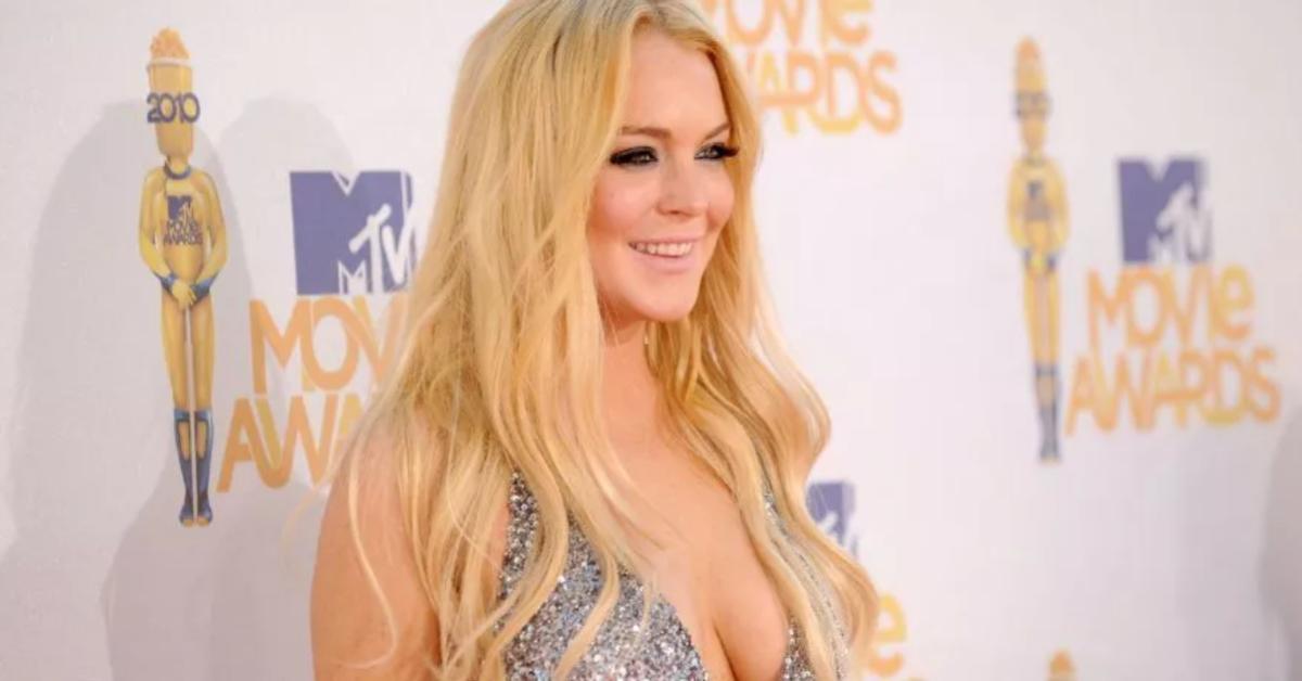 Lindsay Lohan Interracial Porn Captions - Lindsay Lohan Reminds Instagram What A Bikini Bombshell She Once Was