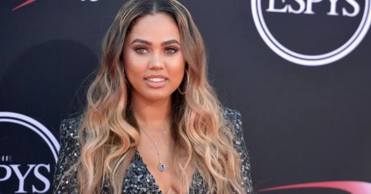 Ayesha Curry Goes Braless To Show Instagram The Clothing Item