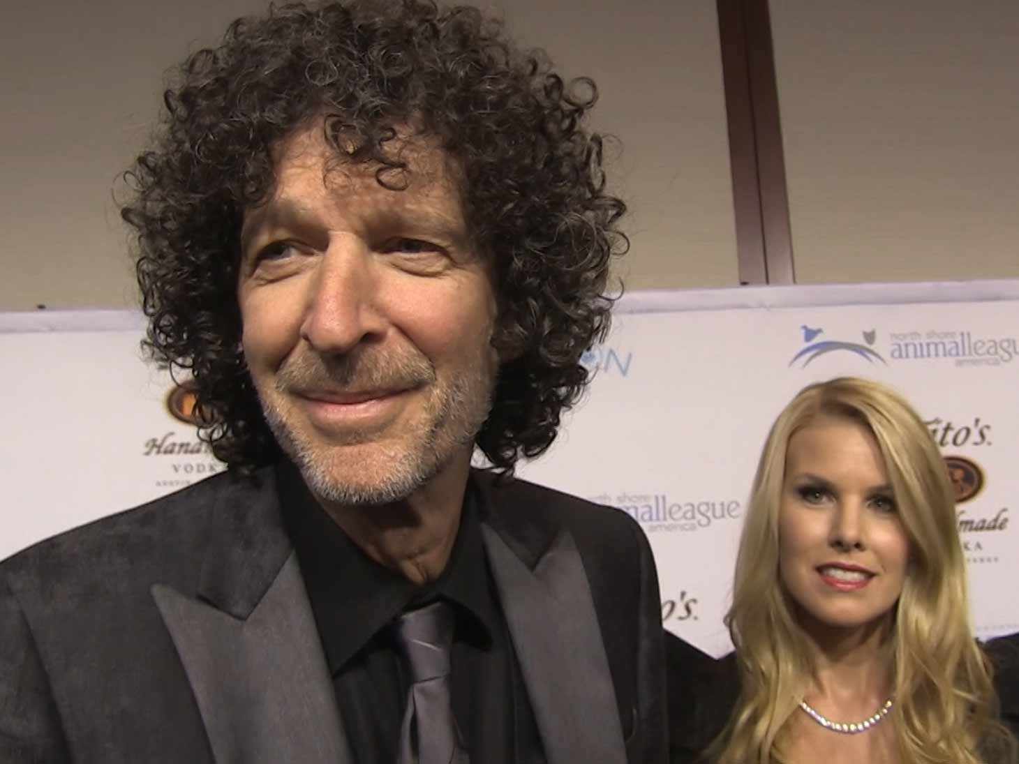 Howard Stern Picks His Favorite Wack Packers During Wife Beth S Animal Rescue Event In Nyc