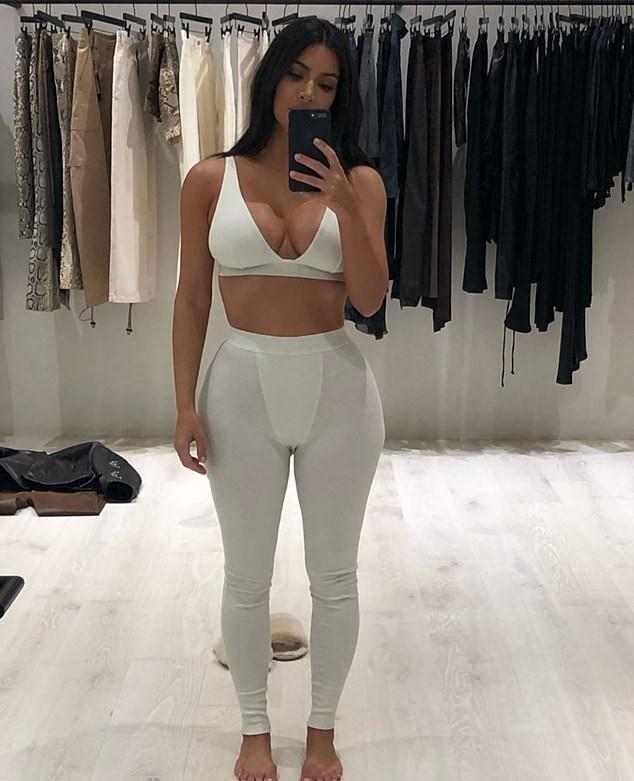 Kim Kardashian Unhappy With Major Bra Fat After 18 Pound Weight Gain