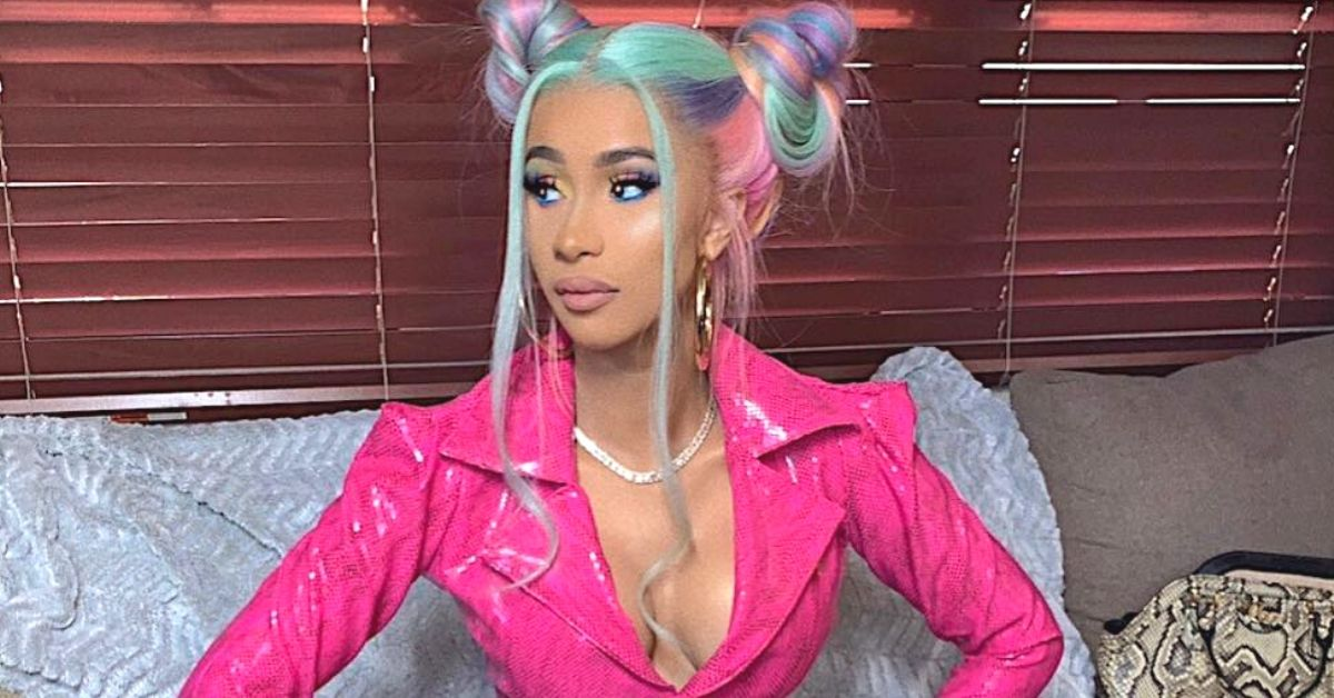 Twitter Comes To Cardi B S Defense After Being Called Ugly In No
