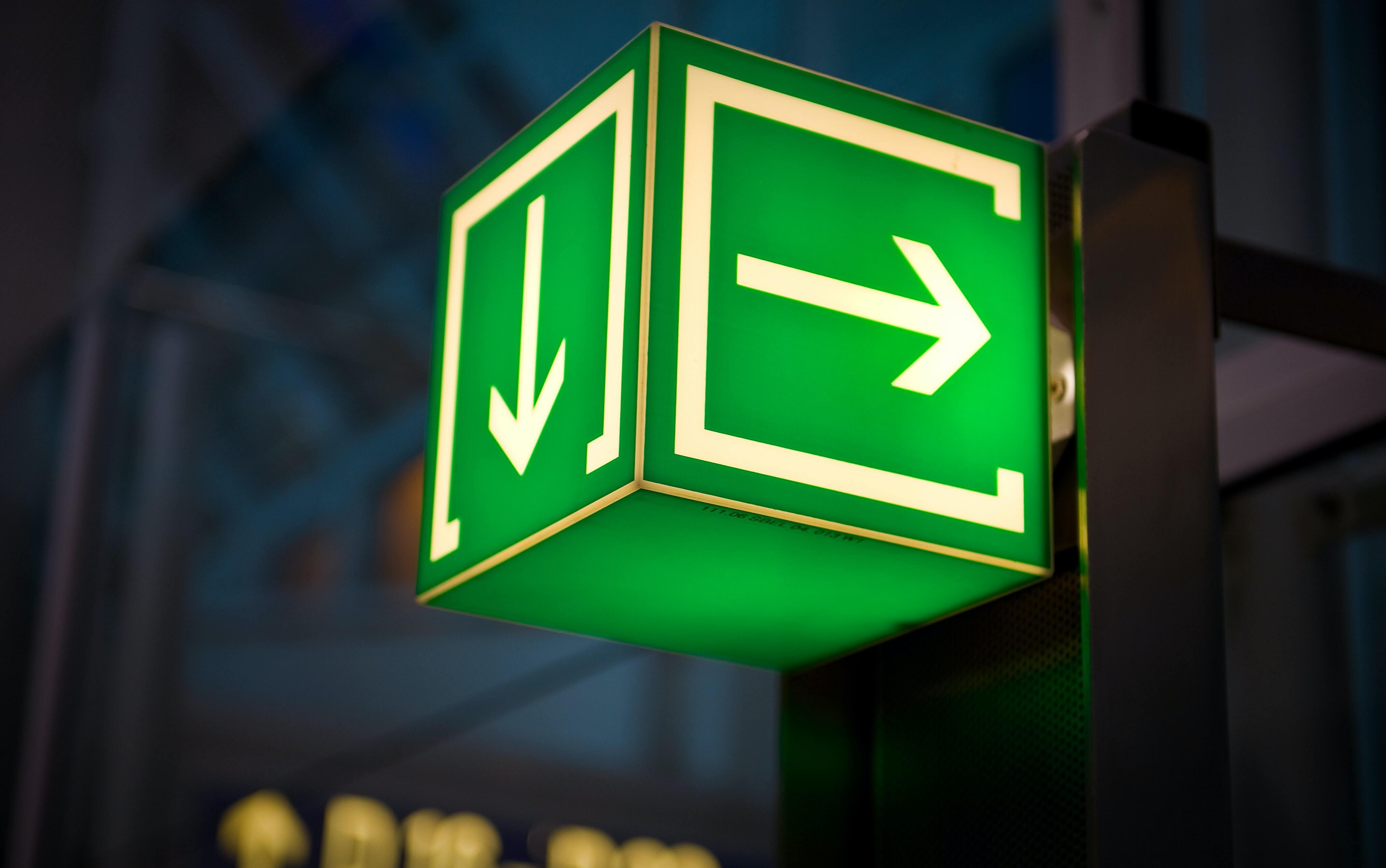 Signage arrows