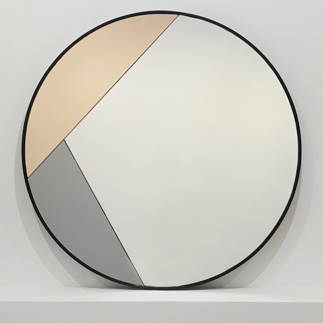 Круглое цветное зеркало