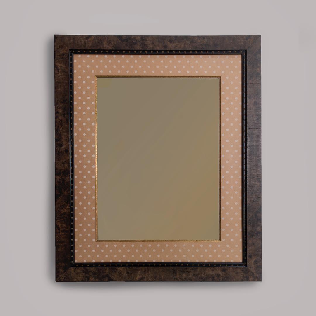 Зеркало с паспарту «Горох»