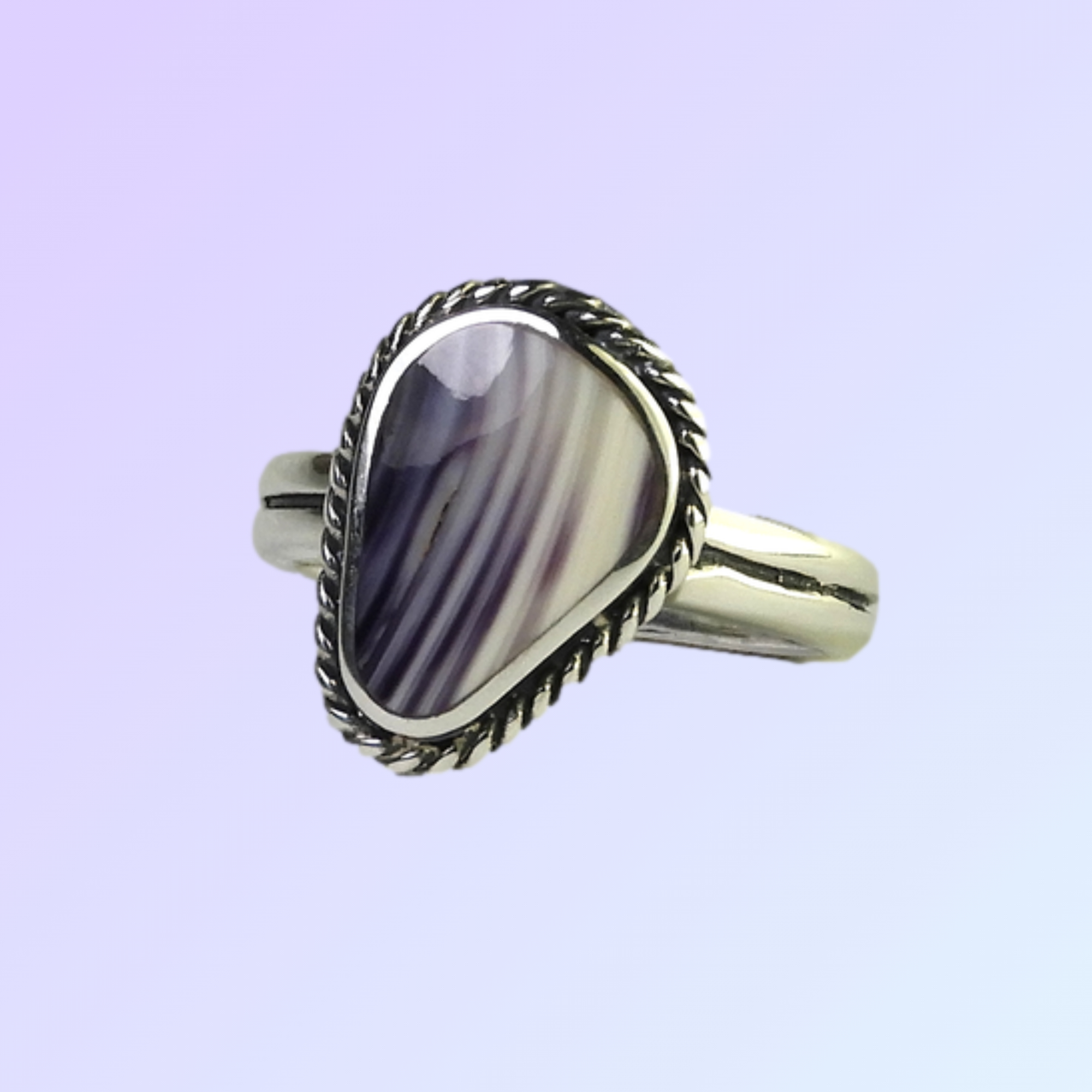 Pointed Oval Ring