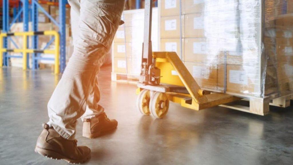 Pole emploi - offre emploi Préparateur de commandes/magasinier (H/F) - Cuers