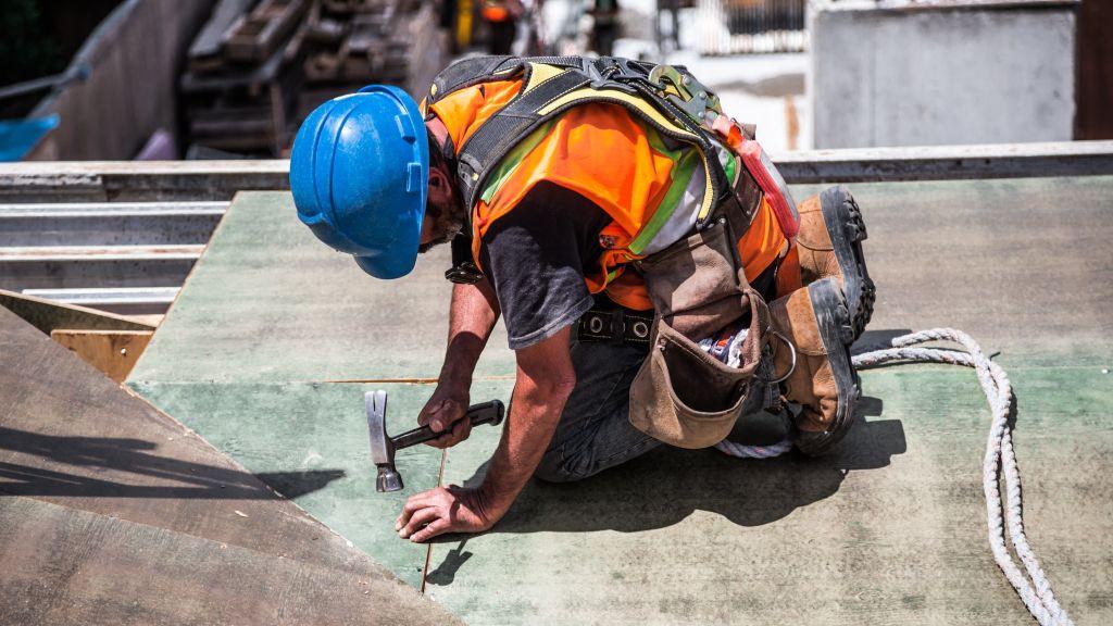 Pole emploi - offre emploi Poseur charpente métallique / couverture (H/F) - Les Herbiers