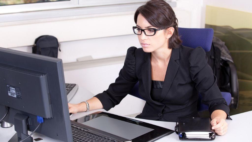 Pole emploi - offre emploi Assistant de gestion parc vl (H/F) - Mérignac