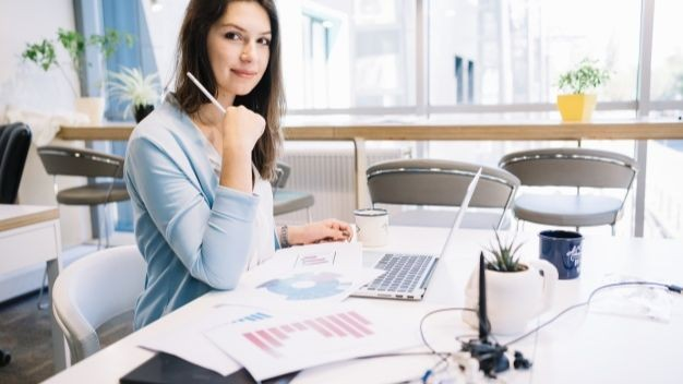 Pole emploi - offre emploi Charge ressources humaines (H/F) - Ingré