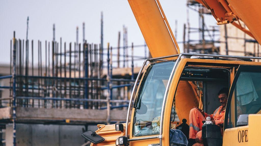 Pole emploi - offre emploi Conducteur pelle a pneu avec grappin (H/F) - Loudéac