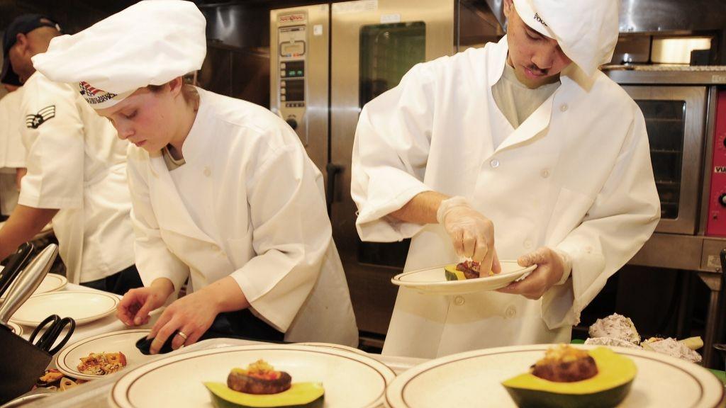 Pole emploi - offre emploi Employés de restauration collective (H/F) - Vannes