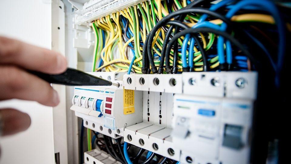 Pole emploi - offre emploi Electricien (H/F) - Castillon La Bataille