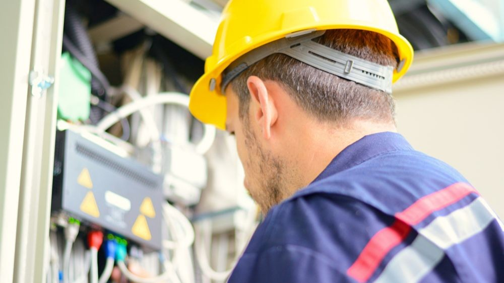 Pole emploi - offre emploi Electricien (H/F) - Fos-Sur-Mer