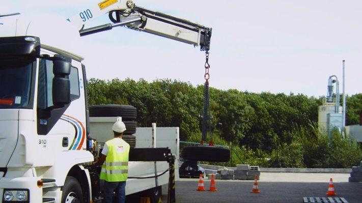 Pole emploi - offre emploi Chauffeur pl grue auxiliaire (H/F) - Annemasse