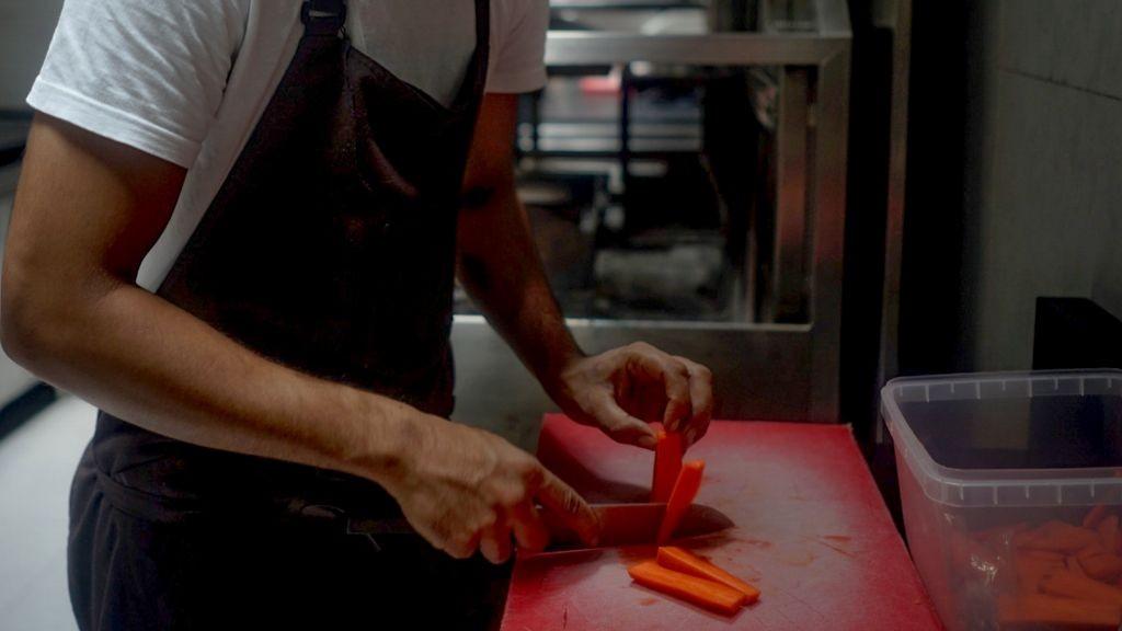 Pole emploi - offre emploi Préparateur de commandes en cuisine (H/F) - Seclin